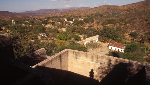 Looking east at La Aduana, Sonora, Mexico.  Photo by Anders Tomlinson.