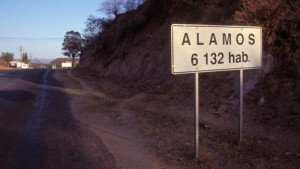 Population sign Alamos, Sonora, Mexico, 1996. Photo by Anders Tomlinson.