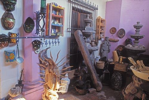 Curio shop on Calle Comercio in Alamos, Sonora, Mexico. Photo by Anders Tomlinson.
