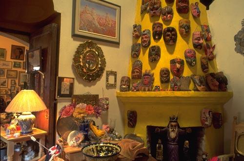 Curio shop on Calle Comercio, Alamos, Sonora, Mexico.  Photo by Anders Tomlinson.