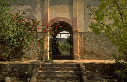 Casa Esmeralda, 1992, Alamos, Sonora, Mexico.  Photo by Gary Ruble.
