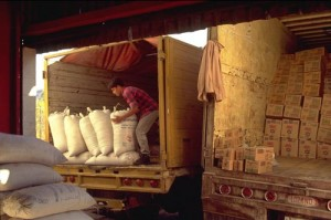 loading Conasupo truck, Alamos, Sonora, Mexico. Photo by Anders Tomlinson.