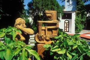 Iron scluptures at Casa Obregon 18, Alamos, Sonora, Mexico. Photo by Anders Tomlinson.