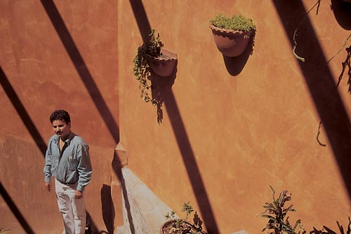 Dr. Joaquin Navarro at home, Alamos, Sonora, Mexico.  Photo by Anders Tomlinson.