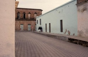 Walking to town on Calle Rosales, Alamos, Sonora, Mexico. Photo by Anders Tomlinson