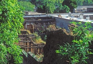 Collapsed roofs, Alamos, Sonora, Mexico. Photo by Anders Tomlinson.