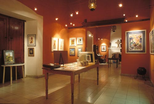 Galarie de Arte opened on the plaza in 1994 and was run by Bev Krucek for some ten years, Alamos, Sonora, Mexico. Photo by Anders Tomlinson