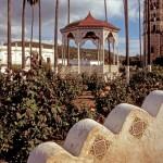 Summer day in the Plaza de Las Armas, Alamos, Sonora, Mexico. Photo by Anders Tomlinson.