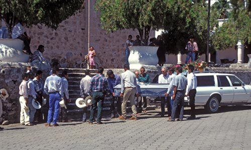 Carrying casket into Bishop Reyes' Cathedral, Alamos, Sonora, Mexico. Photo by Anders Tomlinson.
