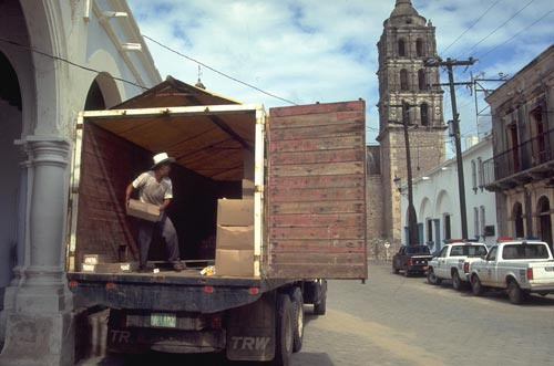 Food and supplies being loaded on Calle Commercio, Alamos, Sonora, Mexico.  Photo by Anders Tomlinson.