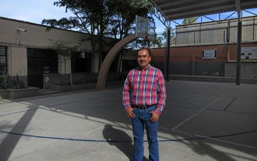 Martin Servando Rosas, acting principal of Verdun Secondary School, March 5, 2017.  Álamos, Sonora, México.  Photo by Anders Tomlinson.