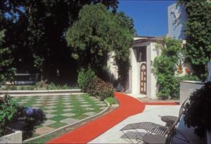 Casa Roberto, Casa Obregon 18, roberto bloor's patio. alamos, sonora, mexico. photo by anders tomlinson.