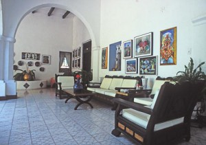 Casa Roberto, Casa Obregon 18 sala , alamos, sonora, mexico. photo by anders tomlinson.