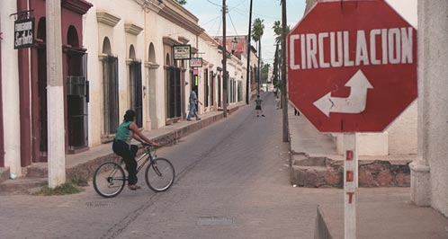 Another one-way street in Alamos Centro.  Alamos, Sonora, Mexico.  Photo by Anders Tomlinson