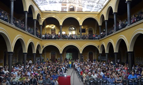 Audience inside the palacio for the 4th annual alamos film festival.  alamos, sonora, mexico. 2014. photo - Joel Gastélum