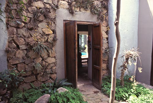 calle comercio 2, casa nuzum, entrance to nuzum museum, 1993, alamos, sonora, mexico. photo by anders tomlinson.