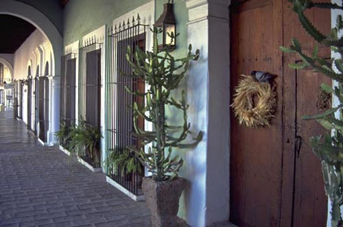 calle comercio 2, casa nuzum, 1993, alamos, sonora, mexico. photo by anders tomlinson.